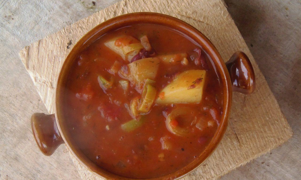 Как сварить вкусный фасолевый суп
